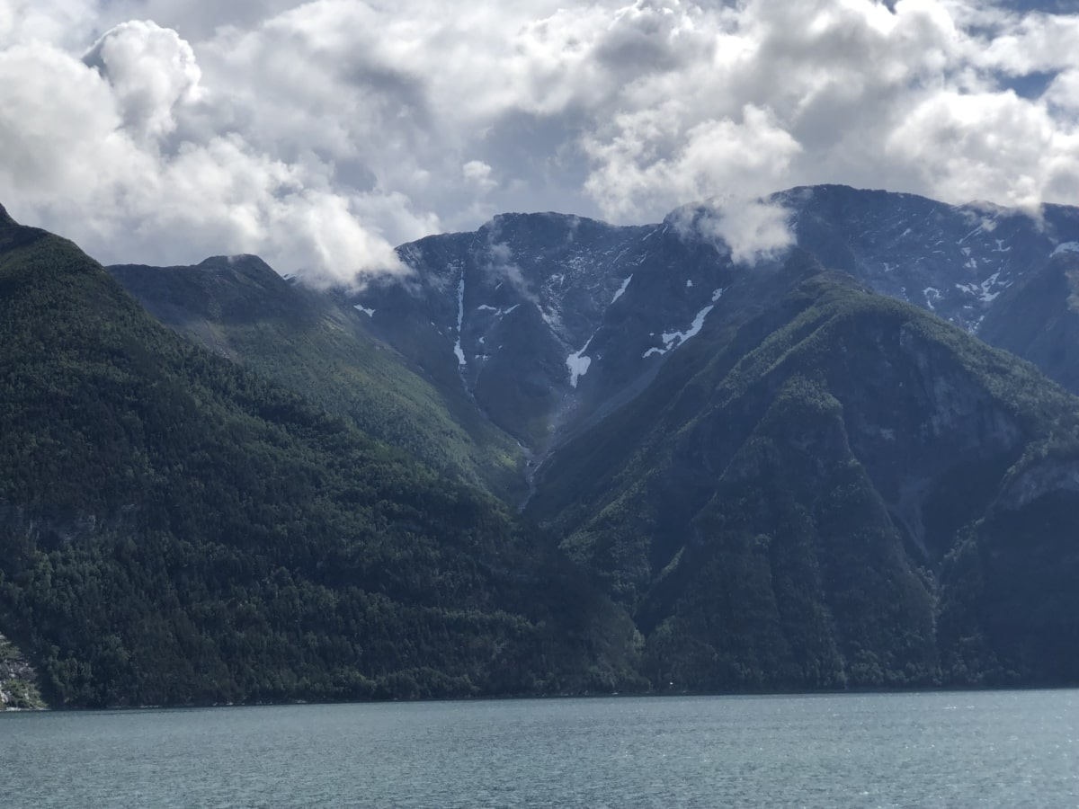 foggy, lakeside, mountain peak, mountainside, landscape, water, lake, mountains, mountain, nature