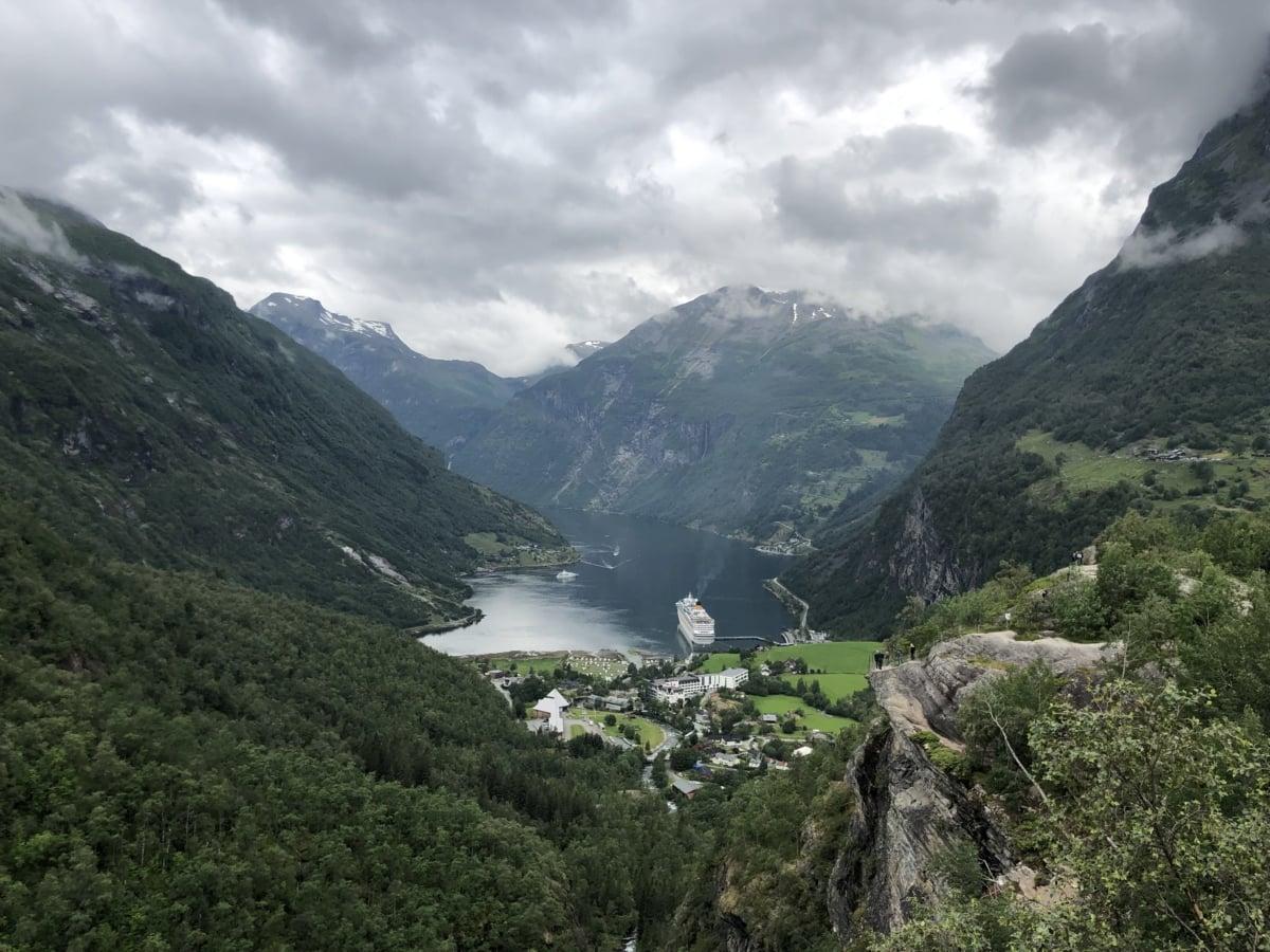 clouds, cruise ship, hillside, hilltop, lakeside, tourist attraction, range, landscape, mountains, mountain