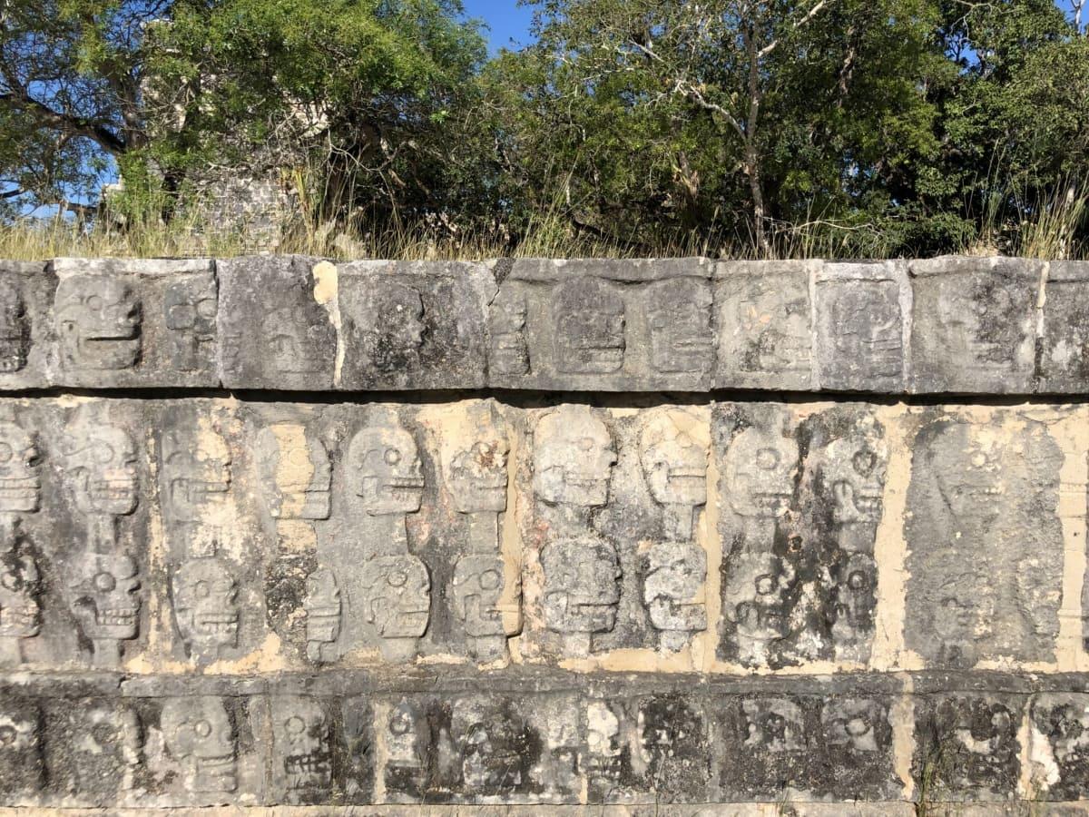 Arqueologia, artefato, cabeça, escultura, caveira, parede de pedra, adoração, pedra, antiga, tijolo