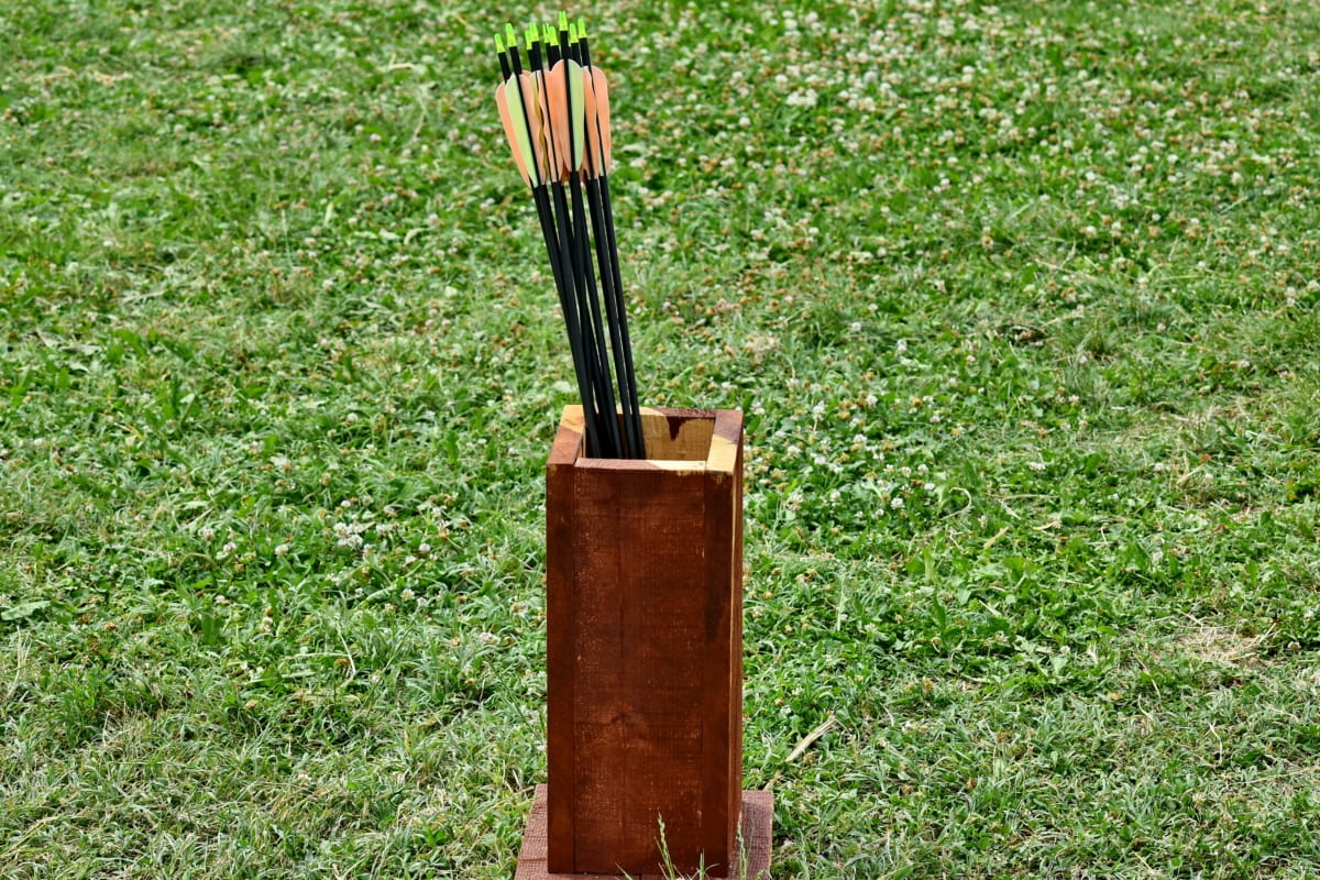archery, arrow, arrowhead, box, tool, grass, outdoors, nature, wood, summer