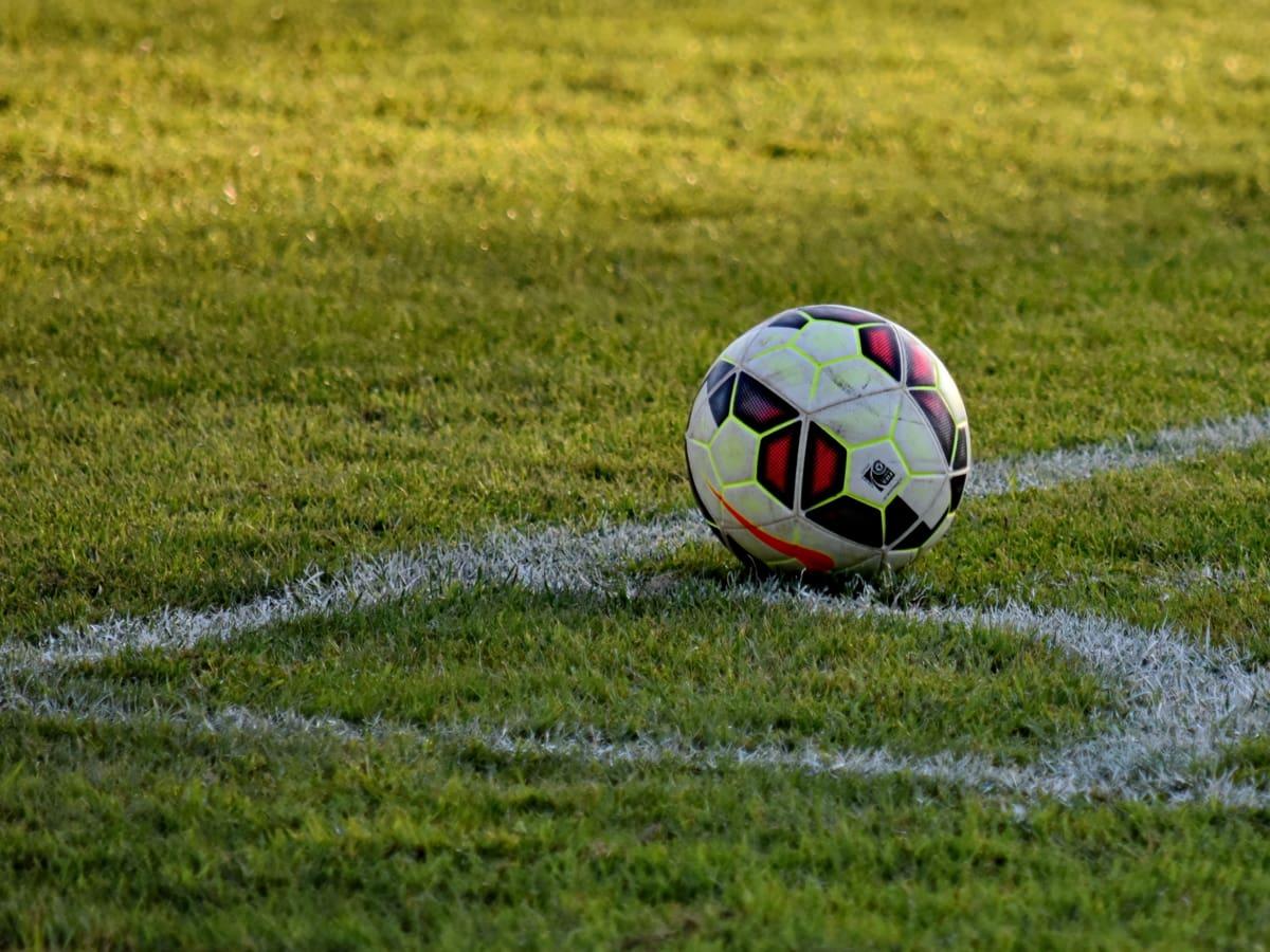 kútik, trávnik, futbalová lopta, Šport, futbal, lopta, tráva, hra, pole, futbal