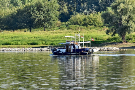 Danube, fishing boat, riverbank, lake, river, boat, water, reflection, nature, watercraft