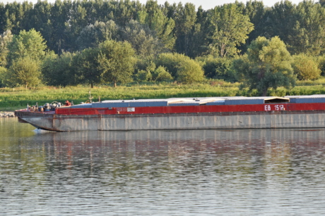 barge, cargo ship, river, riverbank, shipment, vehicle, water, landscape, lake, watercraft