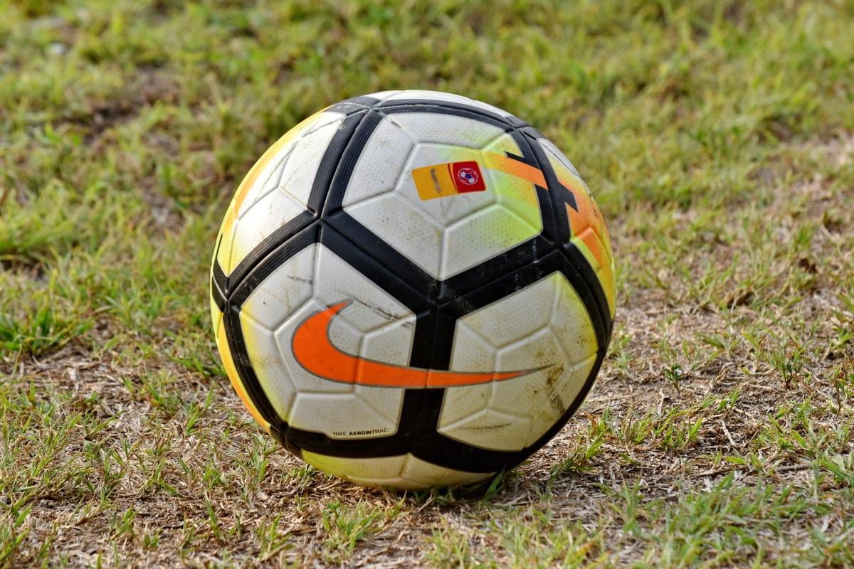 Campionatul, concurs, iarba verde, oficial, minge de fotbal, mingea, fotbal, din piele, echipamente, Sport