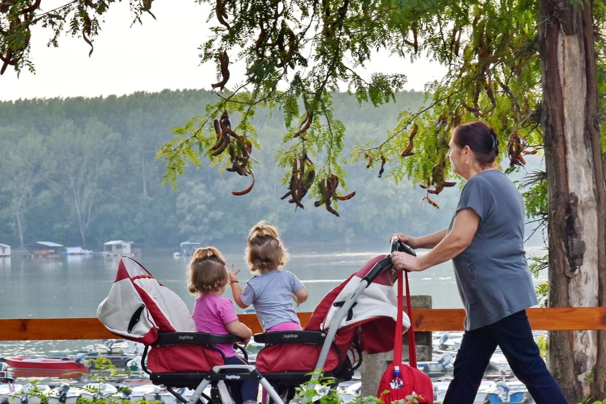 bábätká, rodina, pri jazere, Národný park, krásne dievča, relax, Spolupatričnosť, žena, dieťa, ľudia