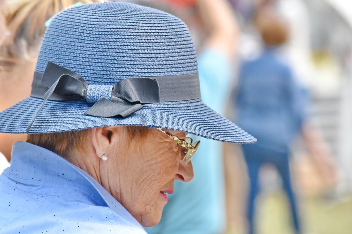 starije osobe, naočale, ručni rad, šešir, način života, umirovljenik, žena, na otvorenom, osoba, čovjek