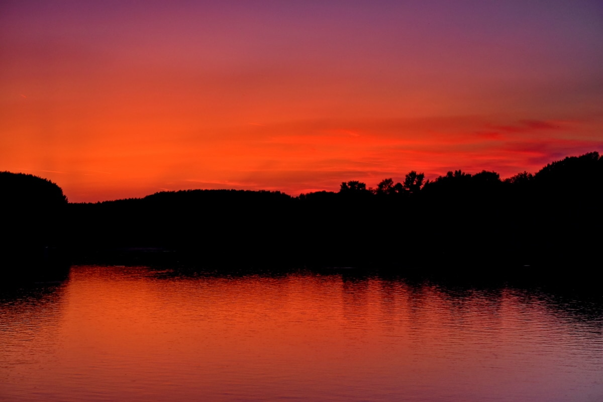 beautiful photo, darkness, horizon, lakeside, red, sunset, dawn, reflection, sun, landscape