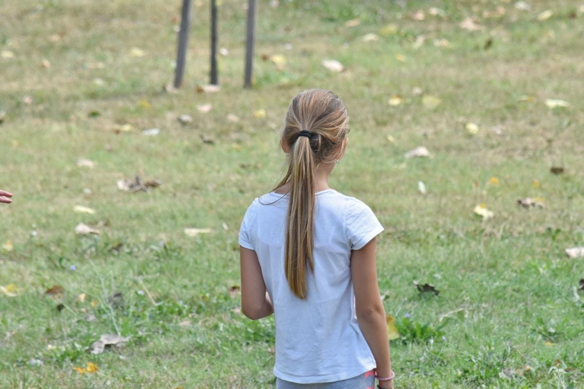 blond vlasy, nádherná, Hravé, krásne dievča, teenager, príroda, letné, dieťa, tráva, vonku