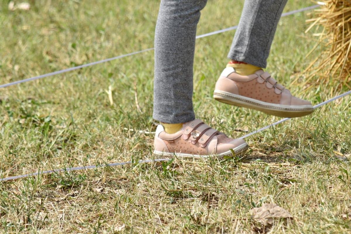 ugrókötél, Ugrás, cipők, szabadban, nyári, láb, lány, fű, természet, szabadidő