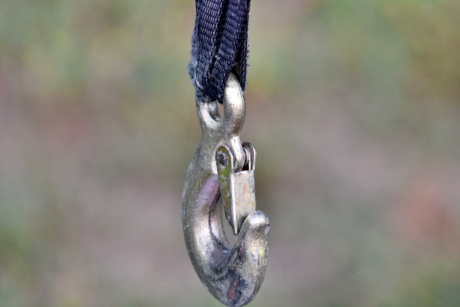 hook, attachment, outdoors, nature, hanging, vertical, rope, focus, upclose, security