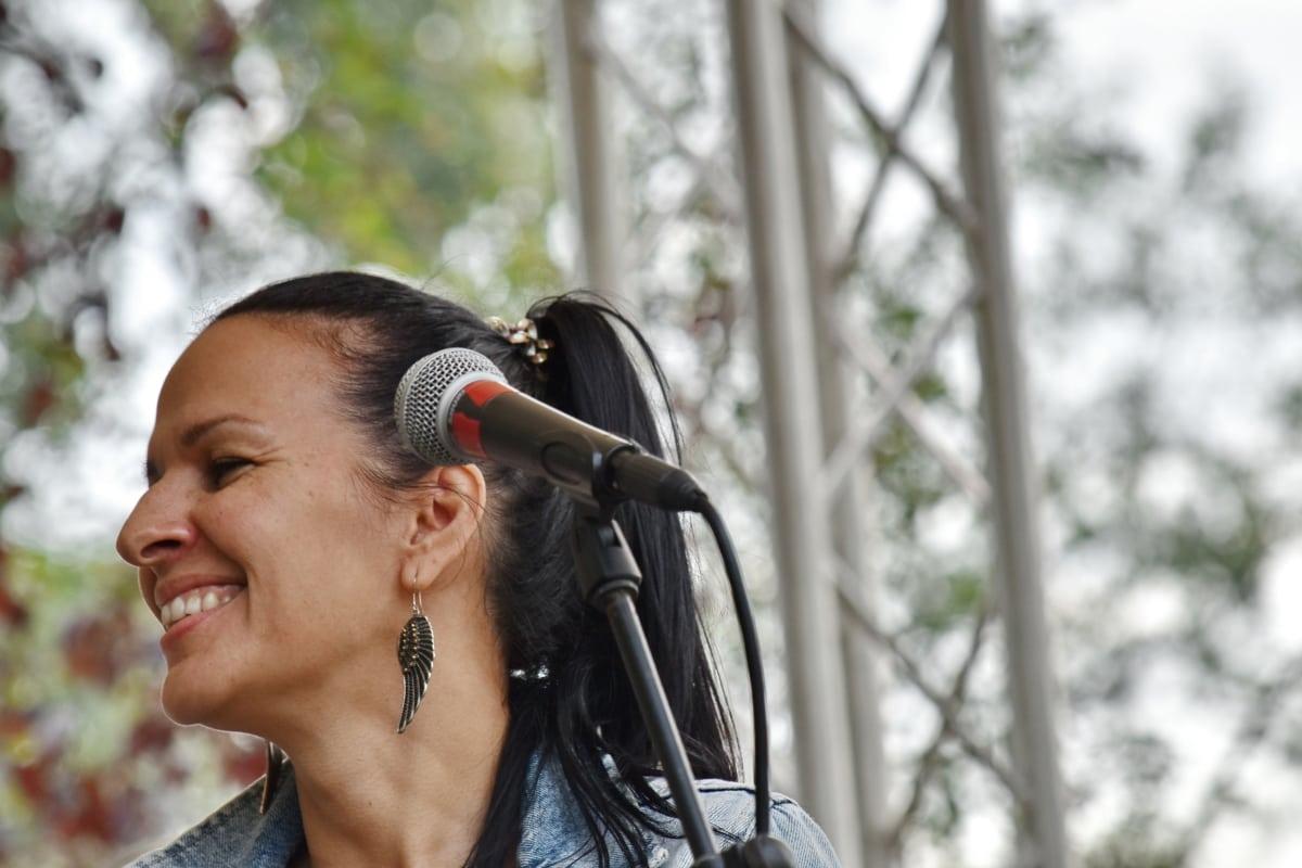 konsert, entertainer, mikrofon, sangeren, stående, musikk, festivalen, folk, musiker, ytelse