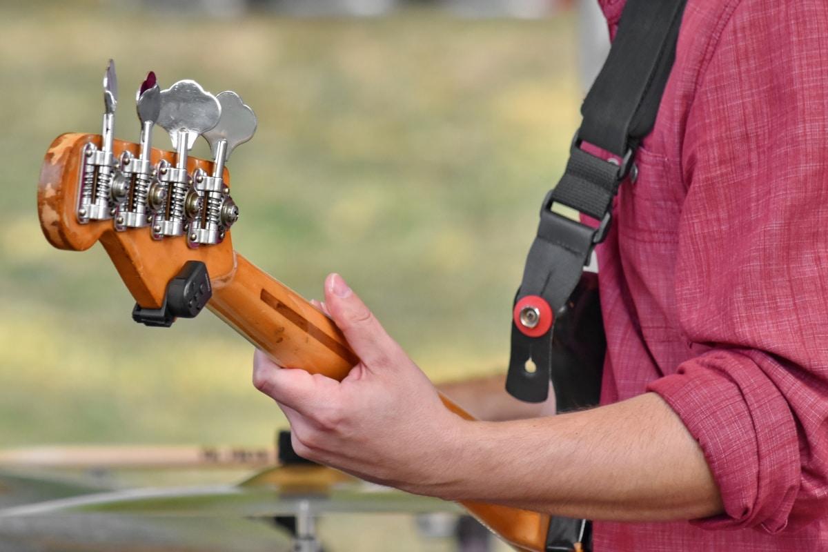gitar, gitaris, di luar rumah, orang-orang, tangan, Laki-laki, peralatan, rekreasi, rekreasi, alam