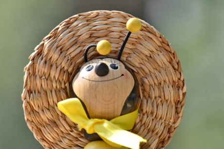 face, handmade, hat, honeybee, straw, toy, wooden, bee, creation, decoration