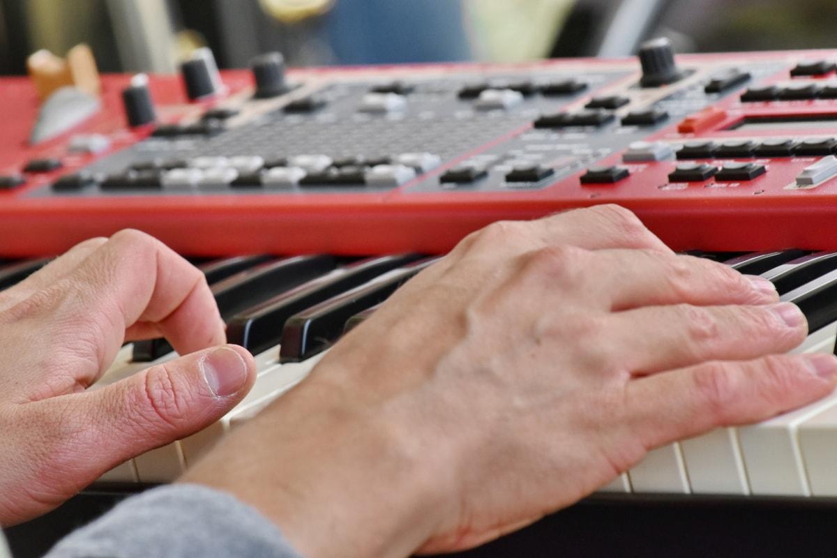 nhạc cụ, âm nhạc, nhạc sĩ, chuyên nghiệp, Tổng hợp, thiết bị, thiết bị, bàn tay, chơi, người đàn ông