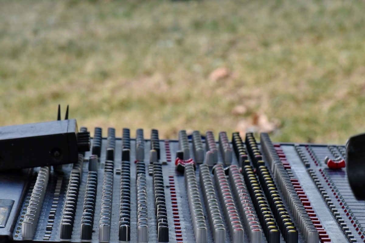 amplifier, equipment, music, electronics, technology, outdoors, analogue, industry, audio, sound