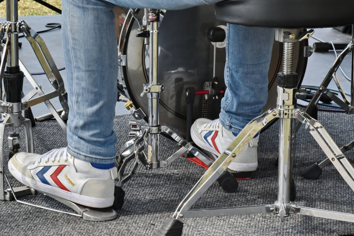 drum, musician, sneakers, man, equipment, steel, detail, outdoors, event, fashion