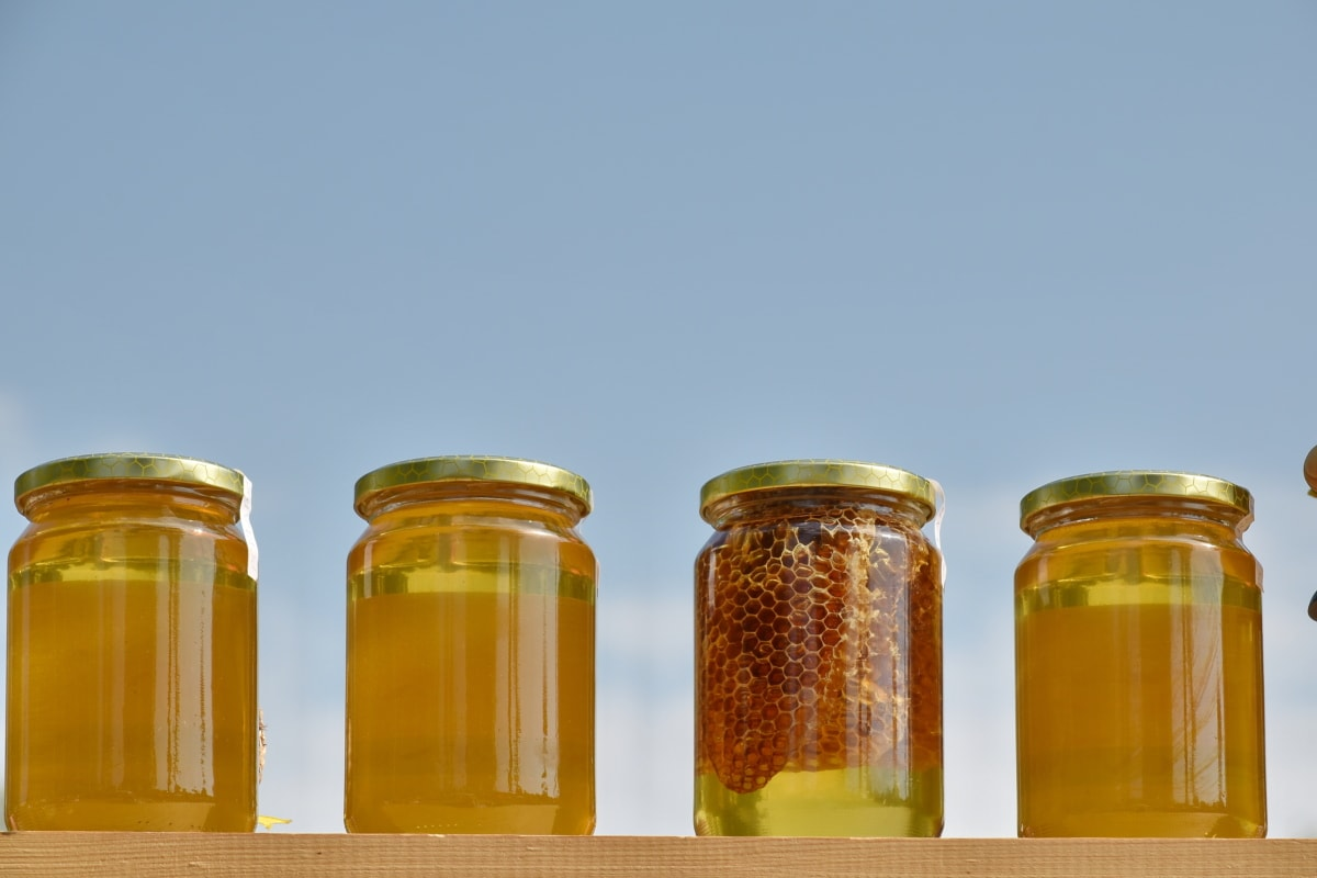 ผลิตภัณฑ์เสริมอาหาร, น้ำผึ้ง, สินค้า, อินทรีย์, ขวด, แก้ว, แบบดั้งเดิม, โฮมเมด, เต็มรูปแบบ, ฤดูร้อน