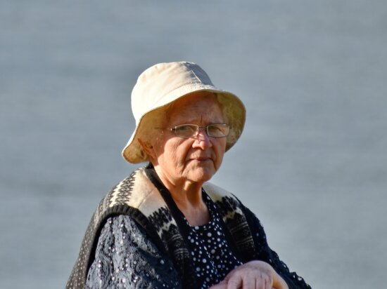 eyeglasses, grandmother, hands, hat, lifestyle, pensioner, photo model, portrait, profile, side view