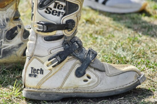 boots, foot, footwear, pair, leather, old, sneakers, hiking, fashion, shoelace