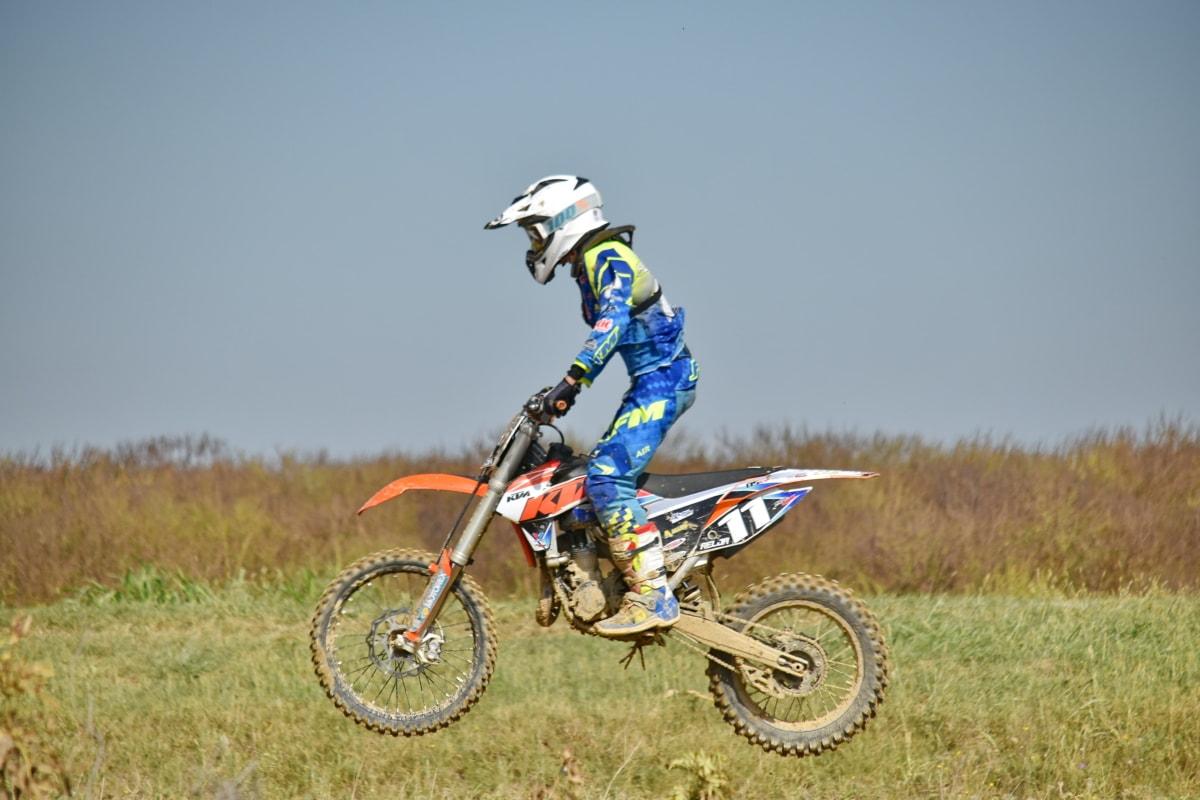 akcija, aktivnost, avantura, bicikl, prvenstvo, natjecanje, natječaj, prijevozno sredstvo, opasnost, prljavština