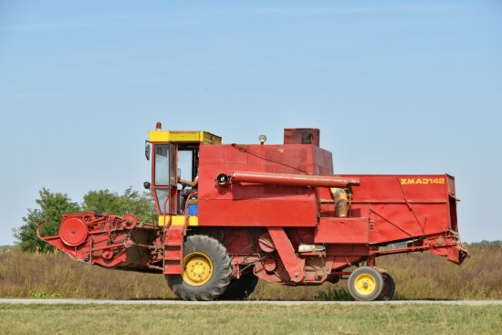 combine, harvester, harvestman, vehicle, machine, equipment, machinery, agriculture, rural, industry