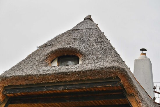 balcony, chimney, roof, straw, window, architecture, old, building, house, outdoors