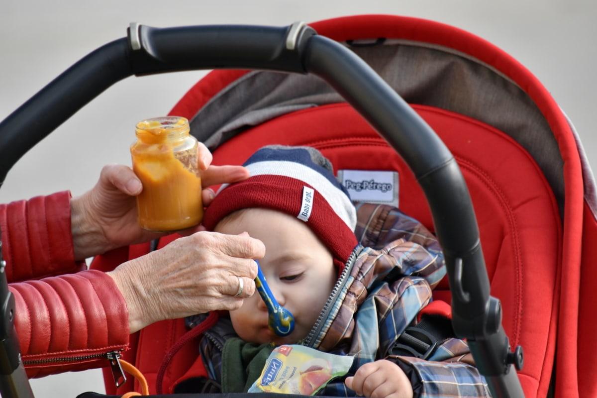 дитина, дитинство, годування, їжа, портрет, малюк, на відкритому повітрі, Охорона здоров'я, люди, здоров'я