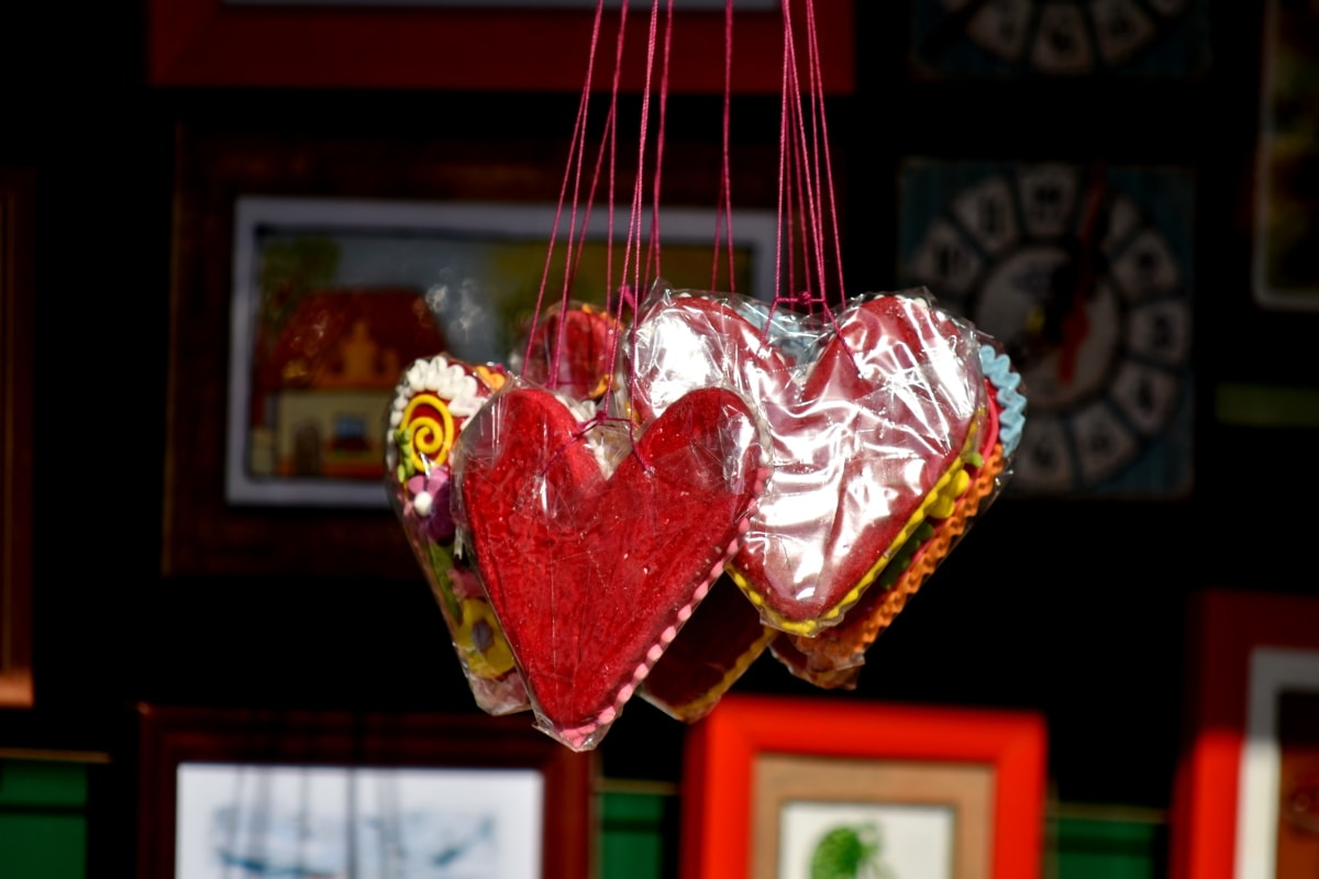 candy, delicious, food, handmade, hanging, hearts, romantic, romance, love, heart