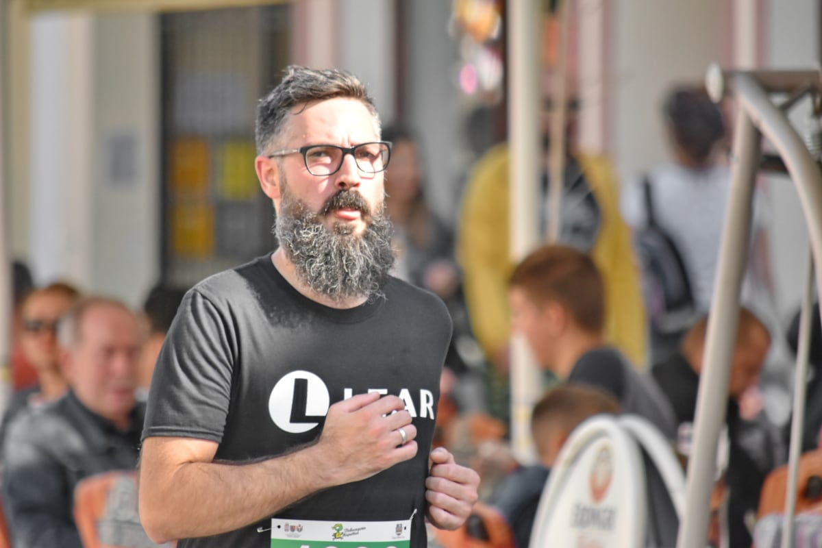 beard, eyeglasses, handsome, man, marathon, person, competition, festival, people, race