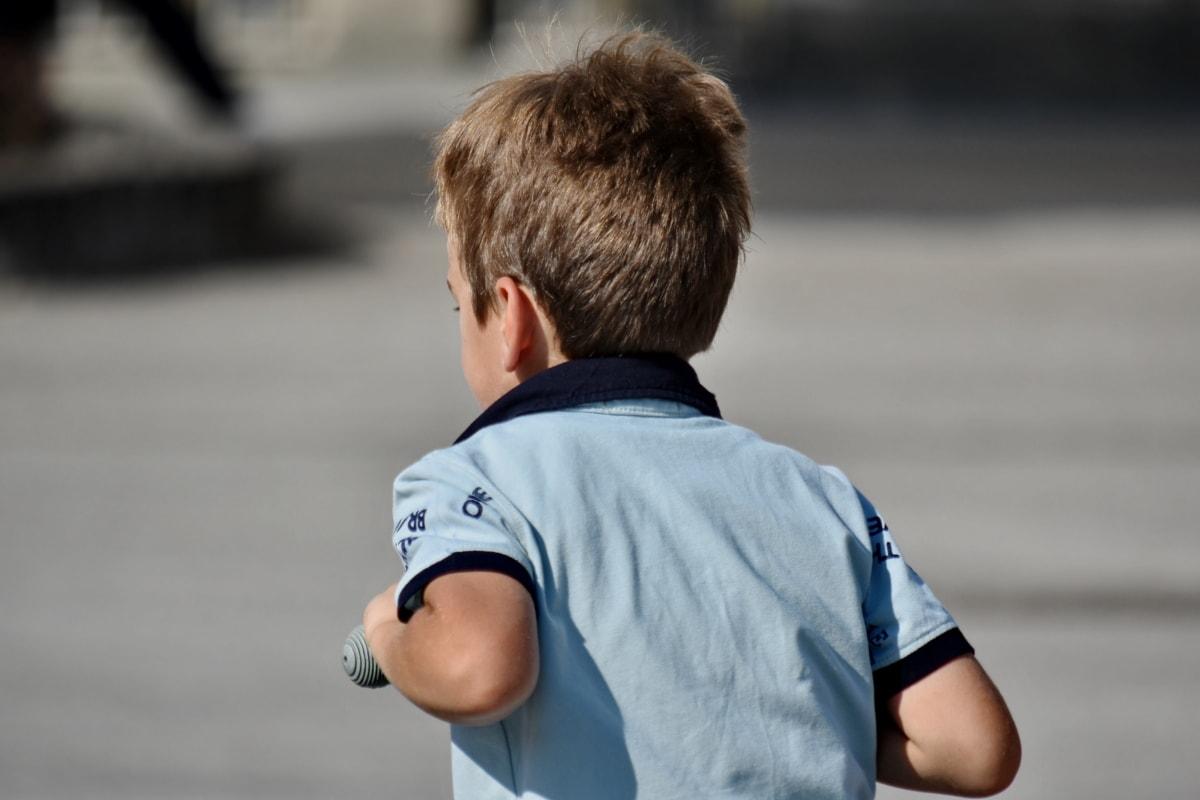 gutt, lek, skjorte, utendørs, Blur, barn, natur, gate, stående, folk