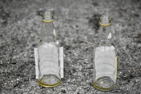 container, glass, bottle, cold, recycling, trash, empty, garbage, transparent, clear