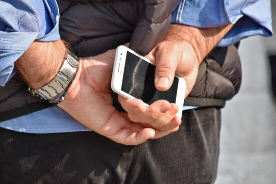 hands, mobile phone, wristwatch, man, business, businessman, hand, people, woman, touch