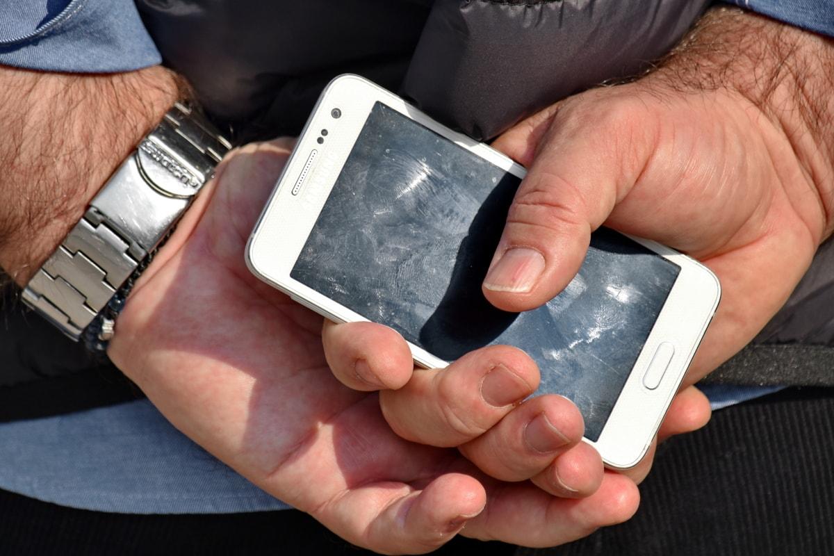 en détail, doigt, empreintes digitales, mains, titulaire de, Holding, téléphone portable, Touch, téléphone, main