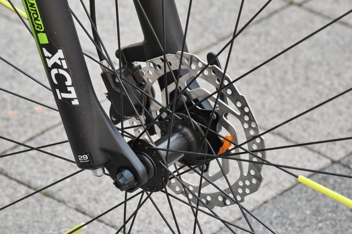 aluminio, bicicleta, círculo, parte, rueda, freno de, neumático, bicicleta, del engranaje, detalle