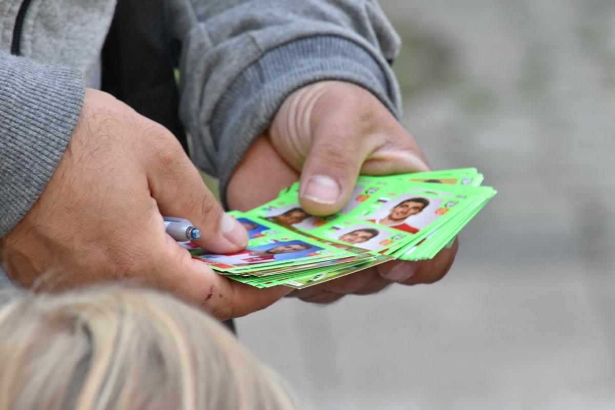 játék, kezek, tartsa, gazdaság toll, kép, kereskedő, kereskedés, kéz, szabadban, emberek
