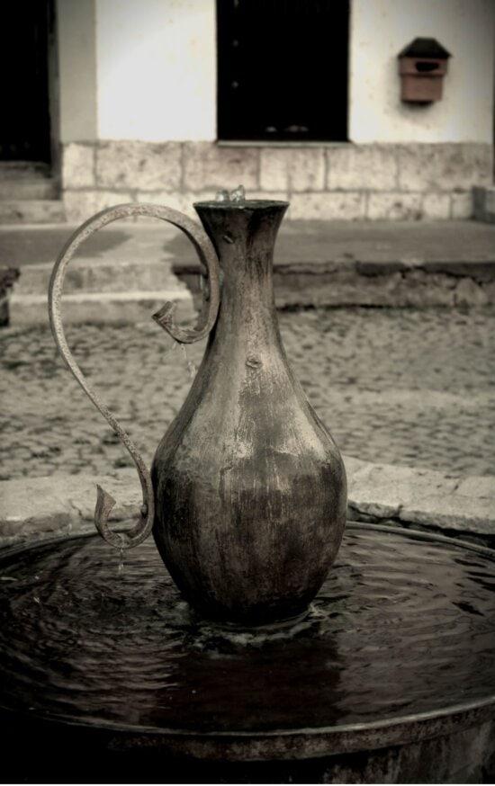 fontana, vaza, voda, bacač, crno-bijeli, kontejner, starinsko, crno i bijelo, staro, umjetnost