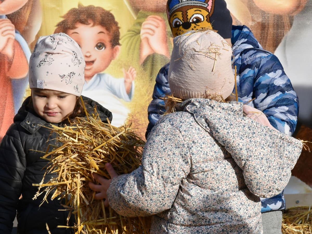 munter, barn, Christmas, lek, halm, barn, jente, moro, utendørs, smil