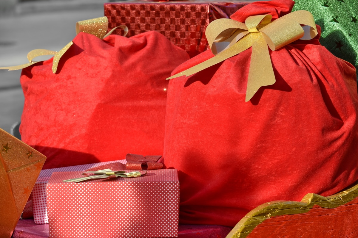christmas, gifts, package, surprise, box, container, gift, celebration, birthday, anniversary