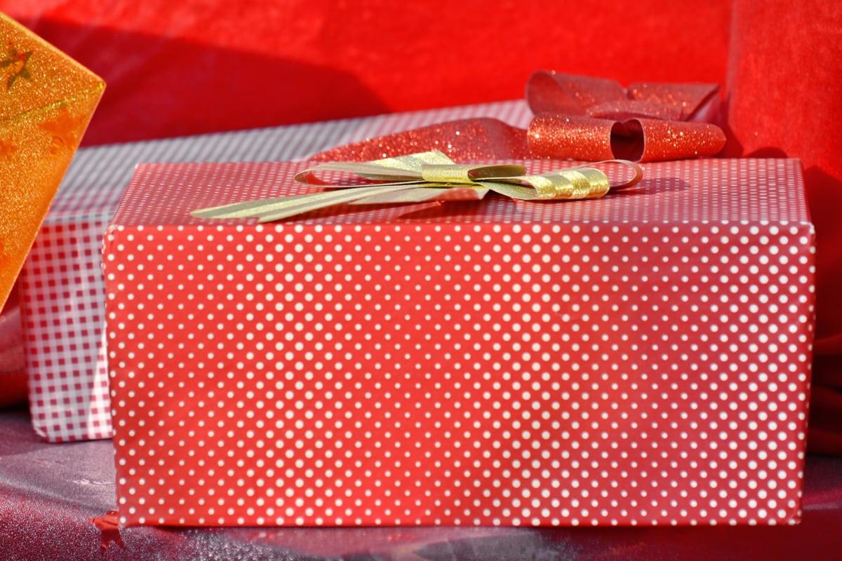anniversary, box, carton, christmas, decorative, gift, holiday, package, pinkish, birthday