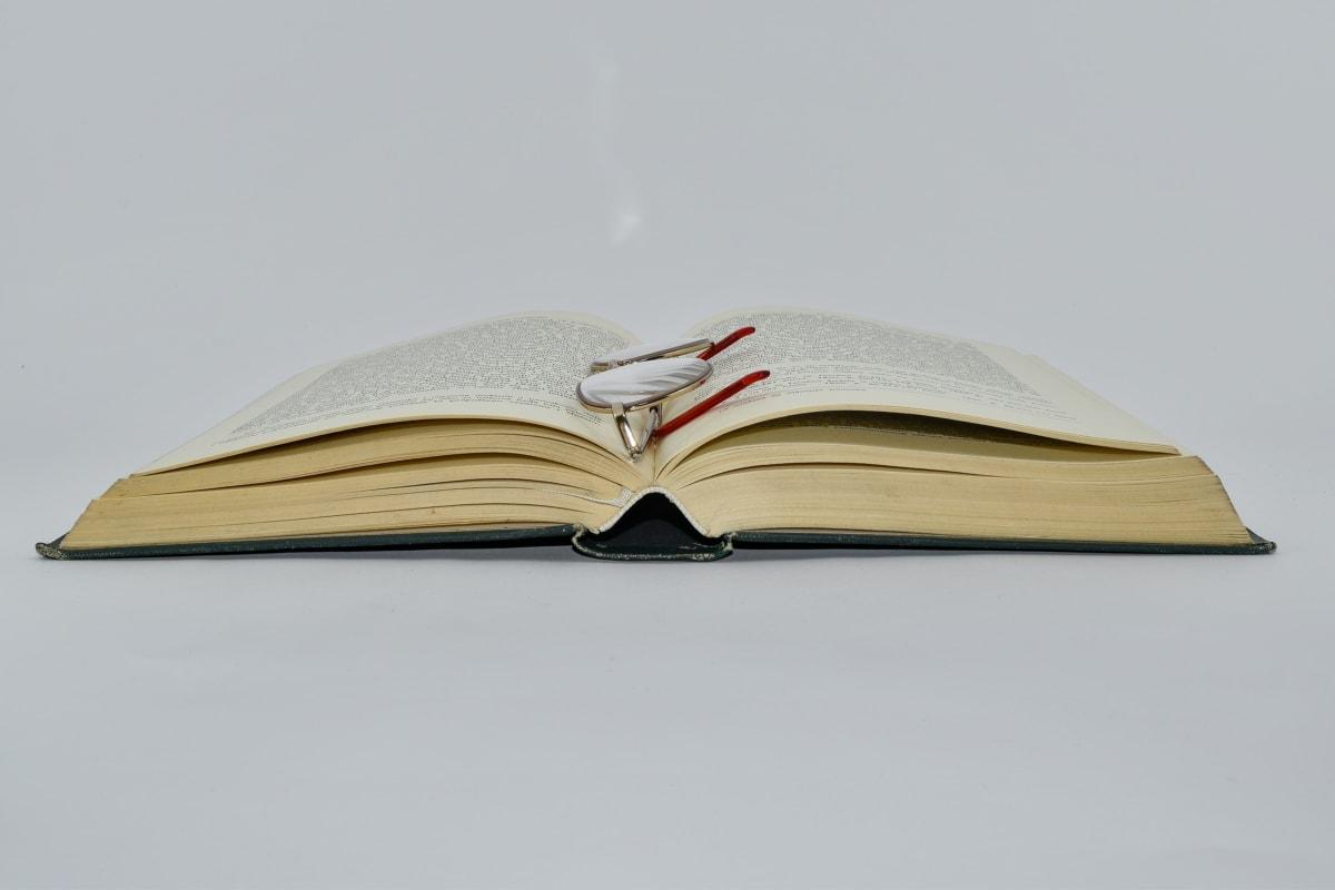 Cartea, ochelari de vedere, Hardcover, mărire, educaţie, manual, hârtie, literatura de specialitate, înţelepciunea, cunoştinţe