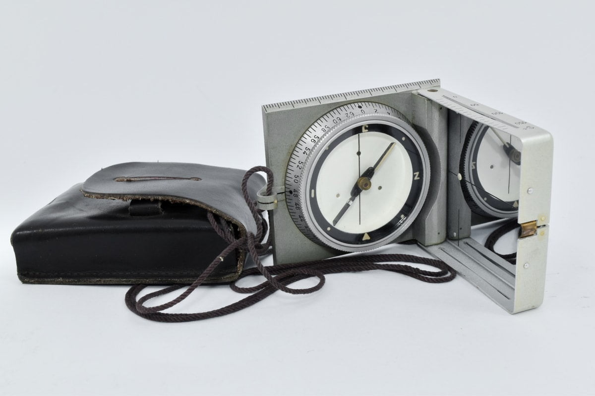 location, magnet, magnitude, orientation, compass, instrument, technology, retro, antique, old
