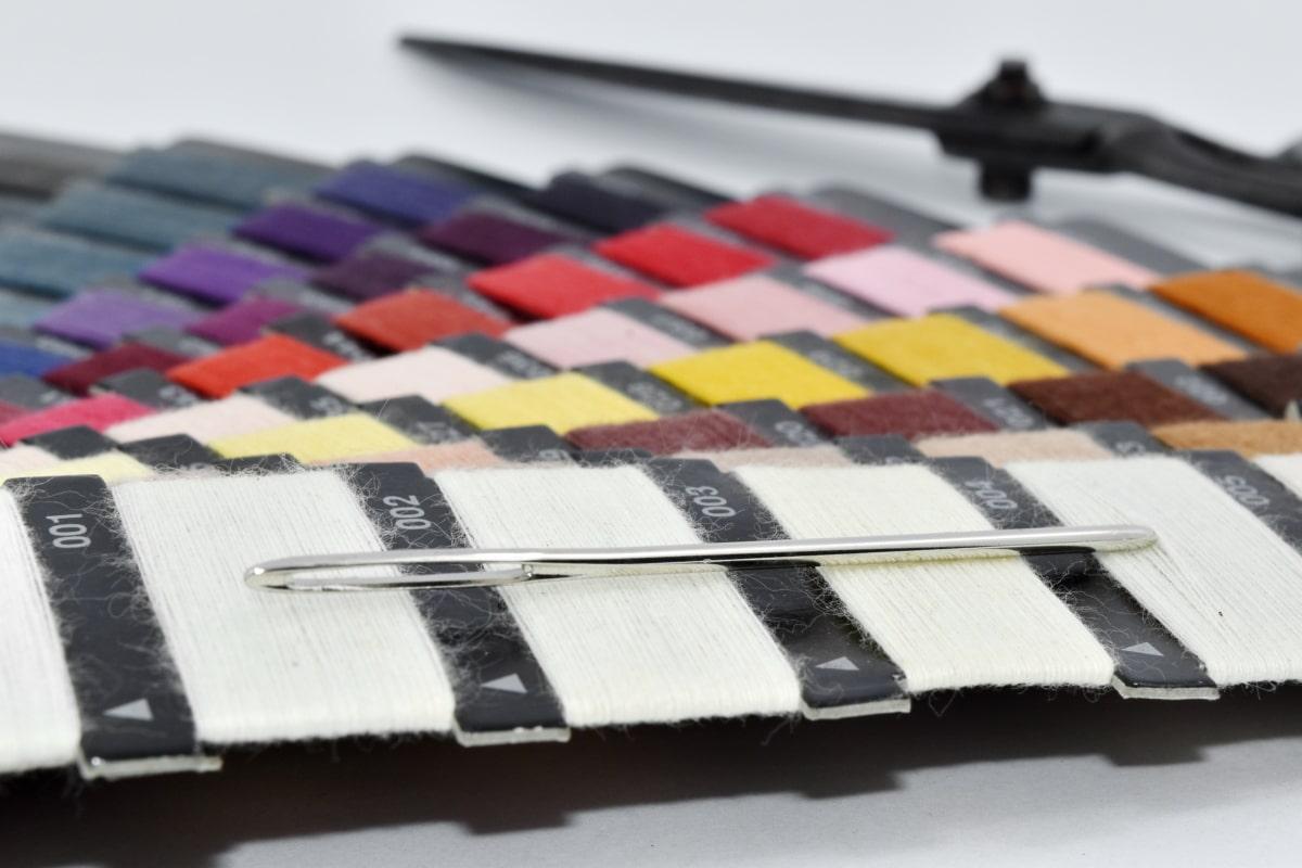 Craft, outil à main, palette, ciseaux, aiguille à coudre, brouiller, créativité, art, nature morte, équipement