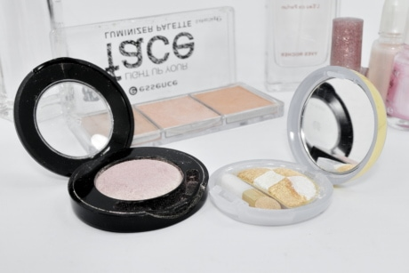 cosmetics, mirror, toiletry, makeup, cosmetic, fashion, powder, brush, treatment, glamour