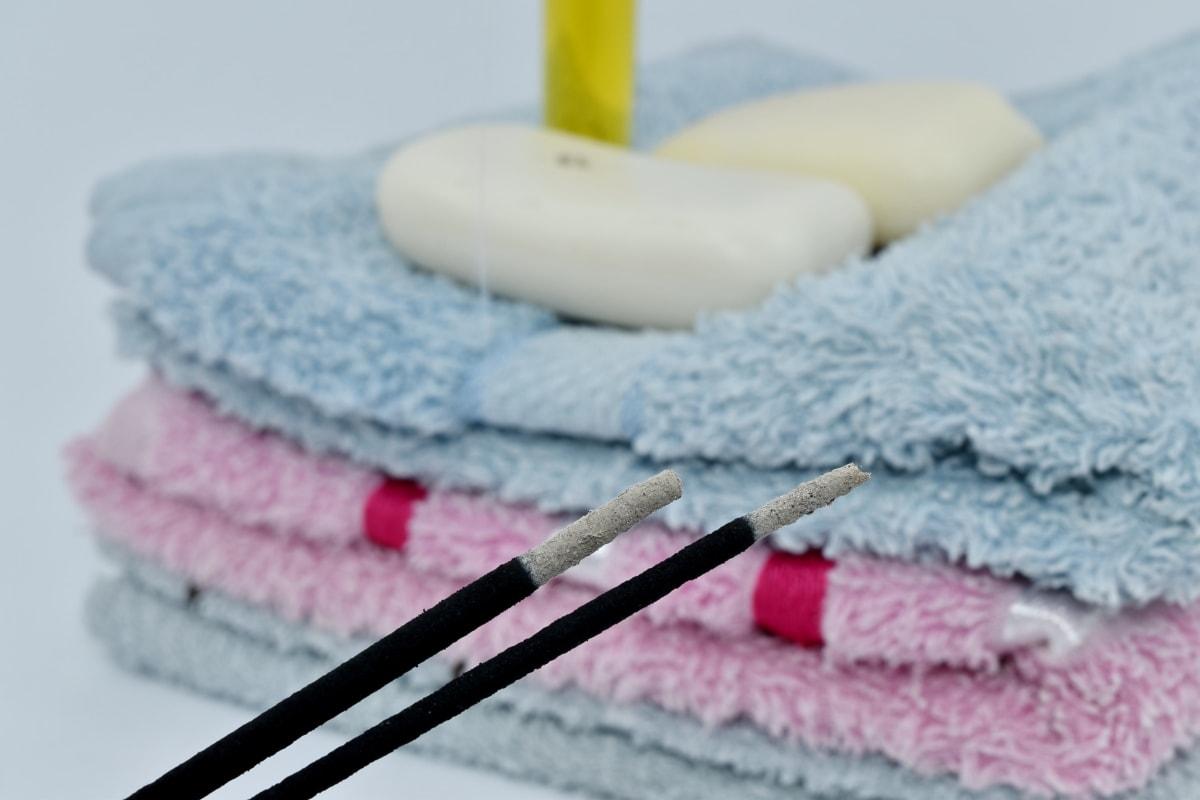 Aromaterapia, zapach, dym, mydło, kije, ręcznik, bawełna, łazienka, higiena, kąpiel