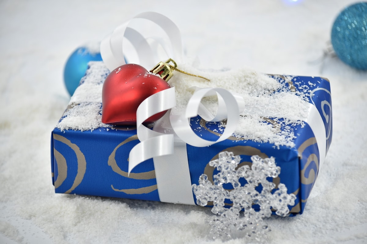 birthday, decoration, gift, heart, love, package, romantic, surprise, snow, winter