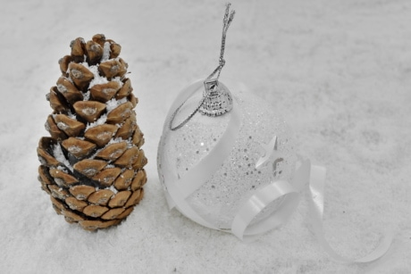 decoration, ornament, snowflakes, sphere, white, winter, christmas, snow, still life, traditional