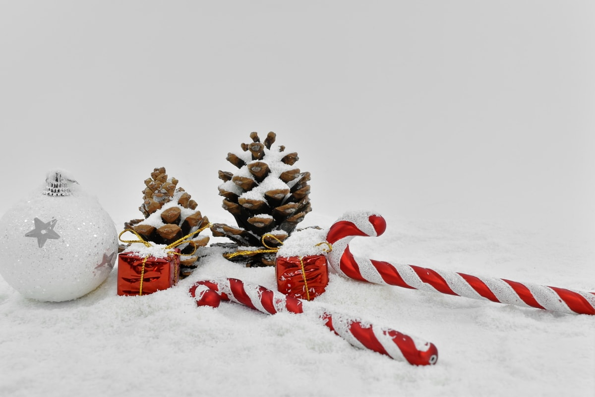 catholic, christmas, decoration, religious, snowflakes, winter, snow, tree, frost, cold