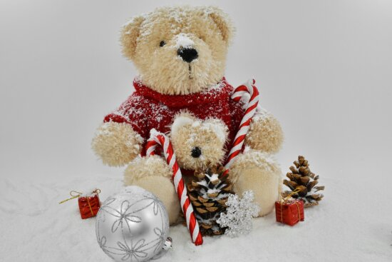 christmas, gifts, ornament, teddy bear toy, snow, winter, toy, cute, celebration, cold
