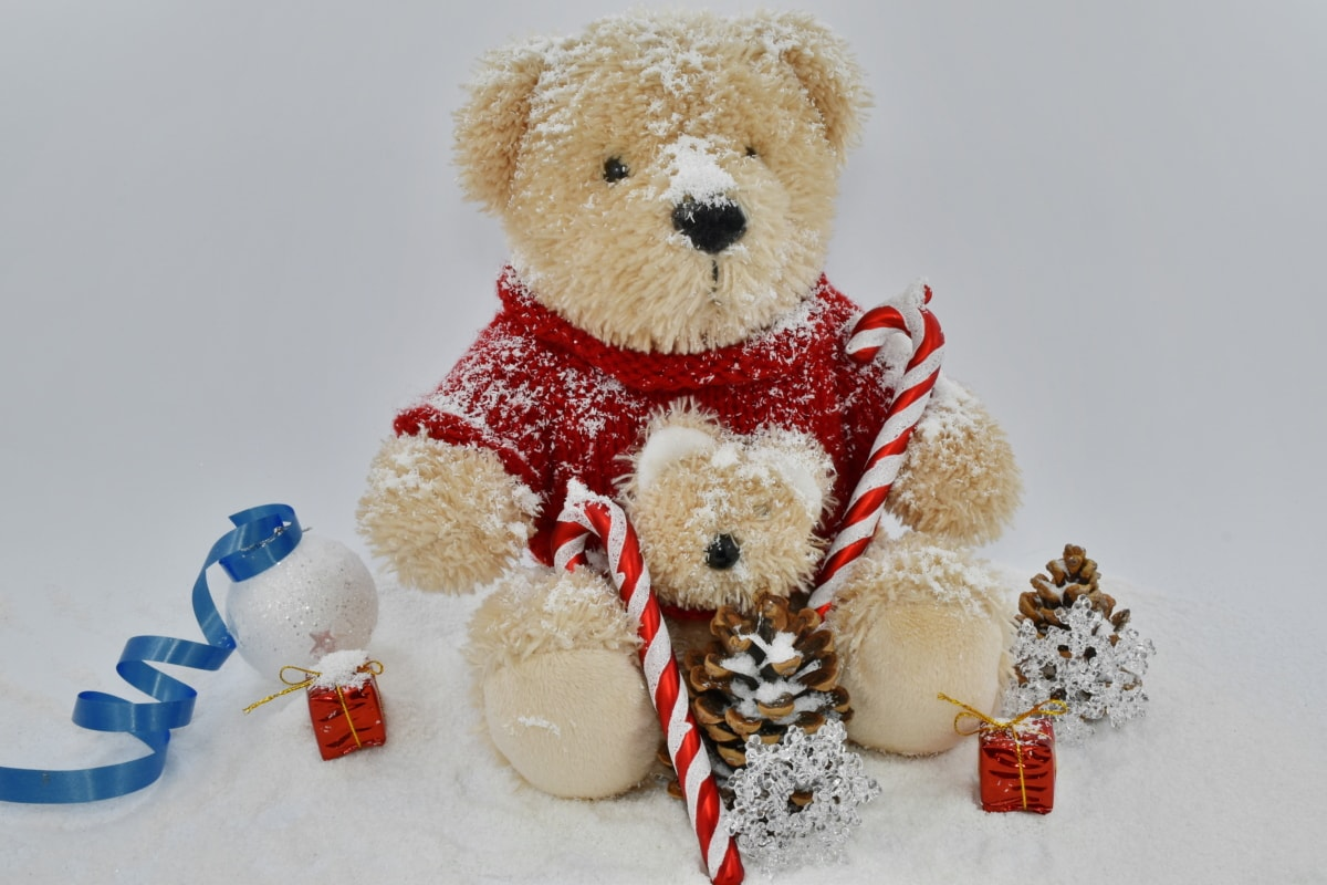 catholic, christmas, decoration, gifts, religion, snowflakes, teddy bear toy, snow, winter, bear