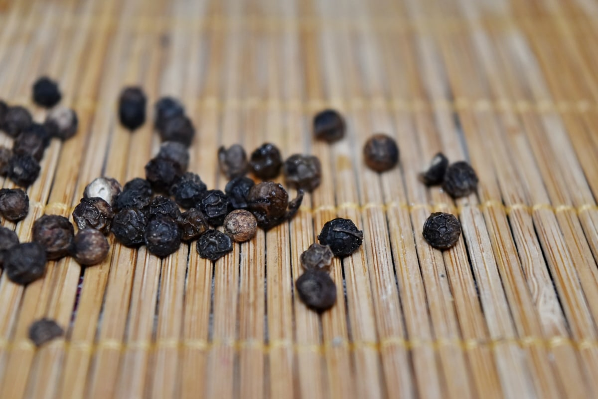 dark, kernel, spice, black, pepper, stick, wood, wooden, dry, food